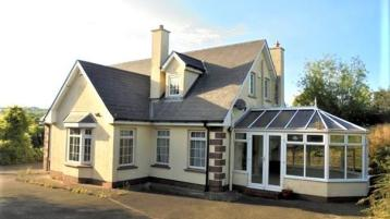 PROPERTY WATCH: Fantastic family home complete with sunroom going under the digital hammer for €100k