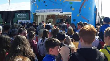 WATCH | Mad queues and rush to get into Aldi tent at the Ploughing in Carlow
